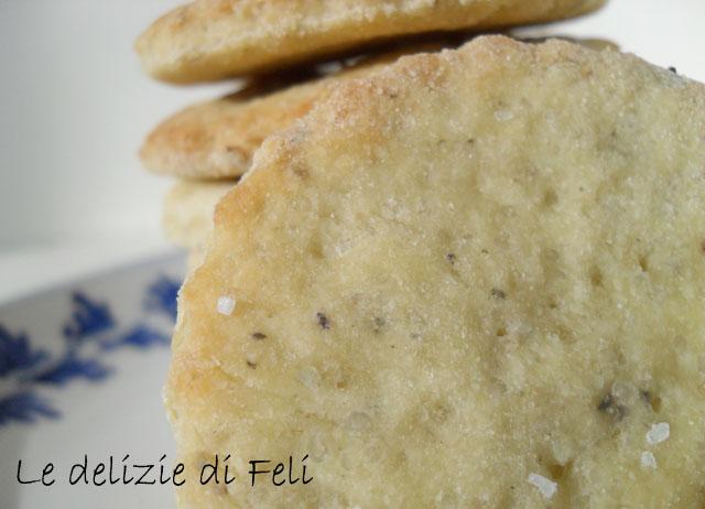 crackers con riso e pasta madre