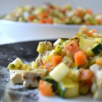Tofu con macedonia di verdure al forno