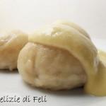 Dampfnudeln (gnocchi al vapore) con Pasta Madre