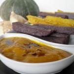 Dip di zucca con polenta di mais nero e tempeh