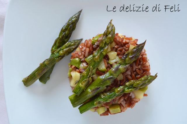 riso rosso agli asparagi