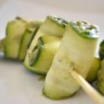Raw-spiedini di zucchine