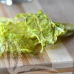 Chips di cavolo verza ai pistacchi